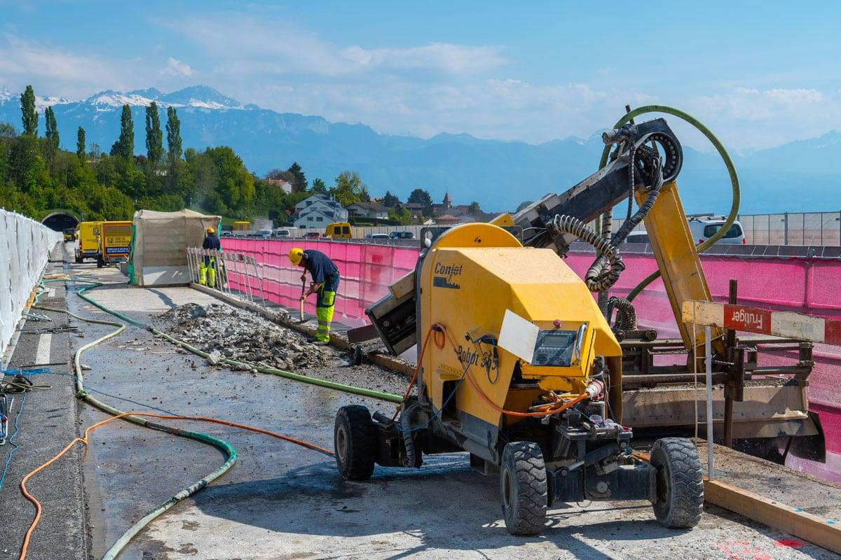 Machine en action sur un chantier