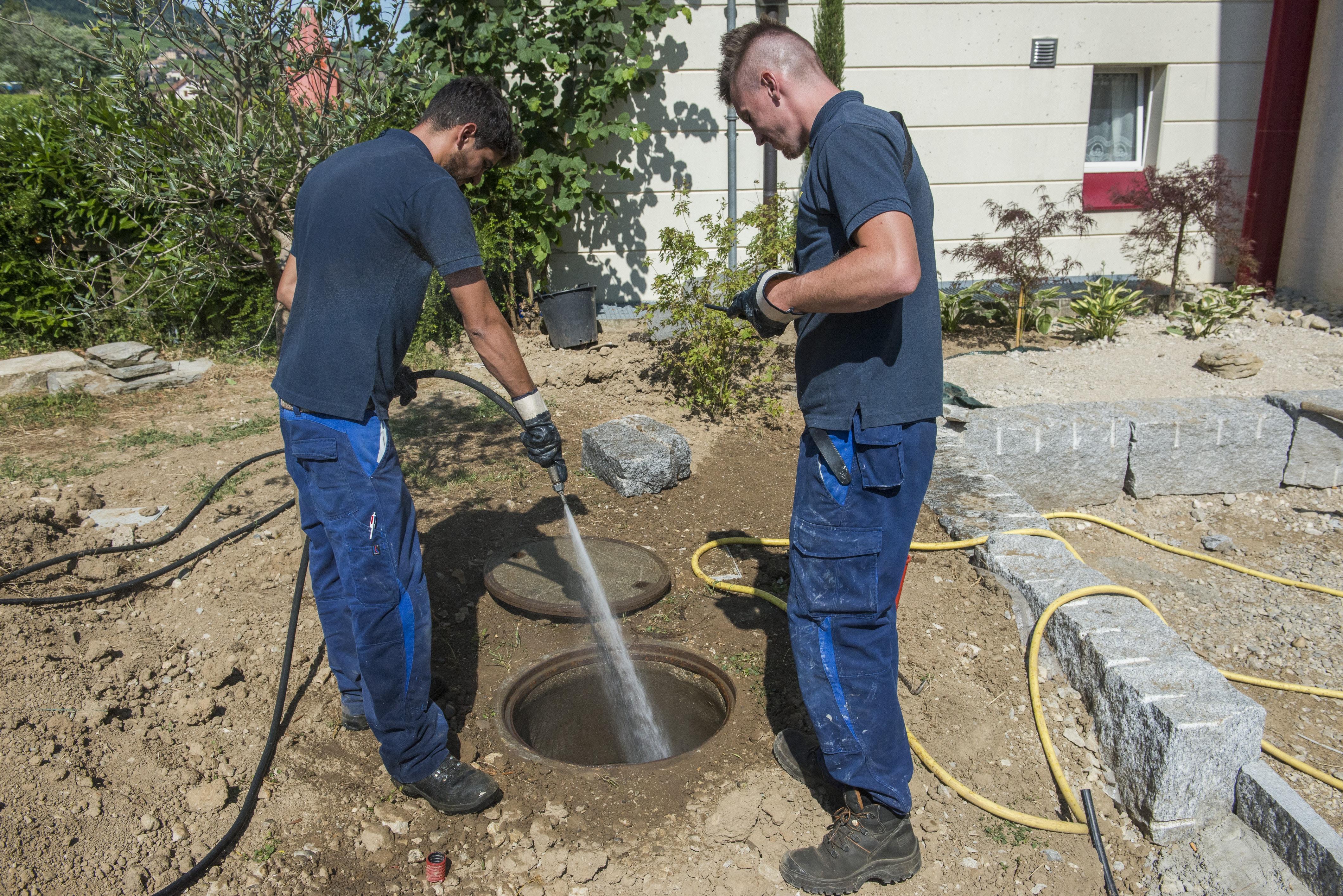 Nettoyage fosses septiques